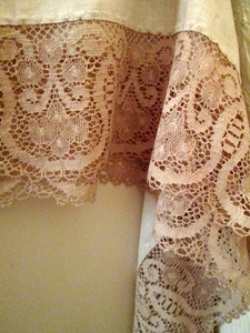 Crochet Lace Vintage Tablecloth